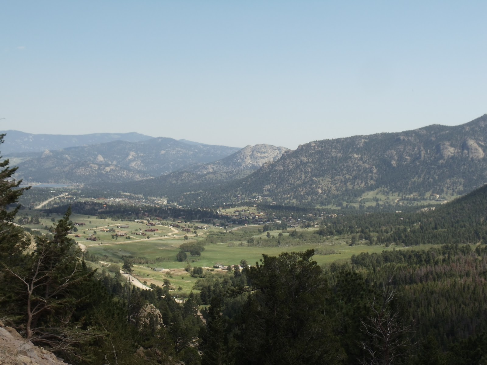 context of rocky mountain national park and the glowing reviews were enough to set our gps to that destination estes park is situated at an agreeable