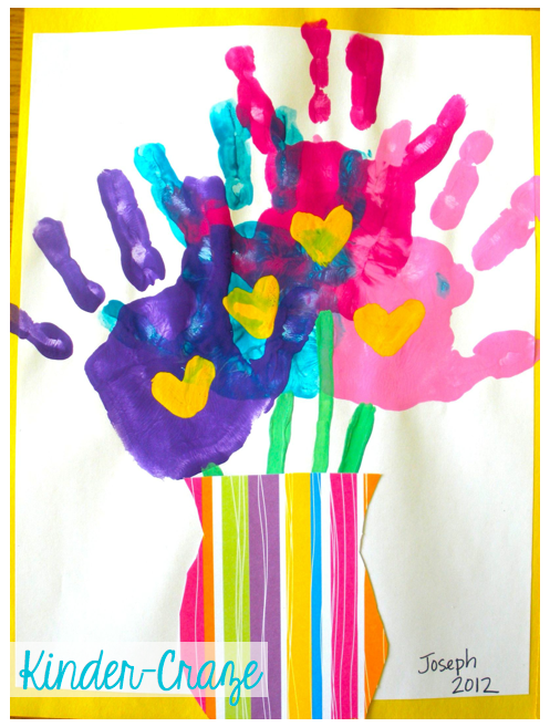 cute handprint bouquet for Mother's Day