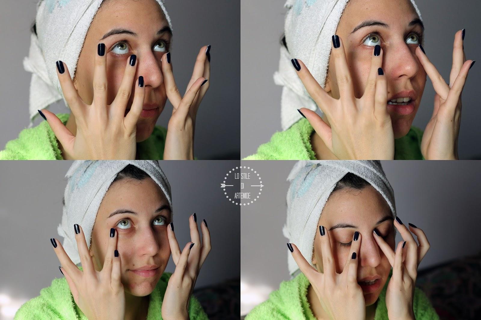 I reddenings di spostamento di pacco di faccia e le tracce da posti sulla faccia