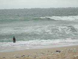 man drowns lagos bar beach