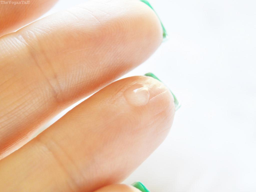 refresh skin therapy eye serum review