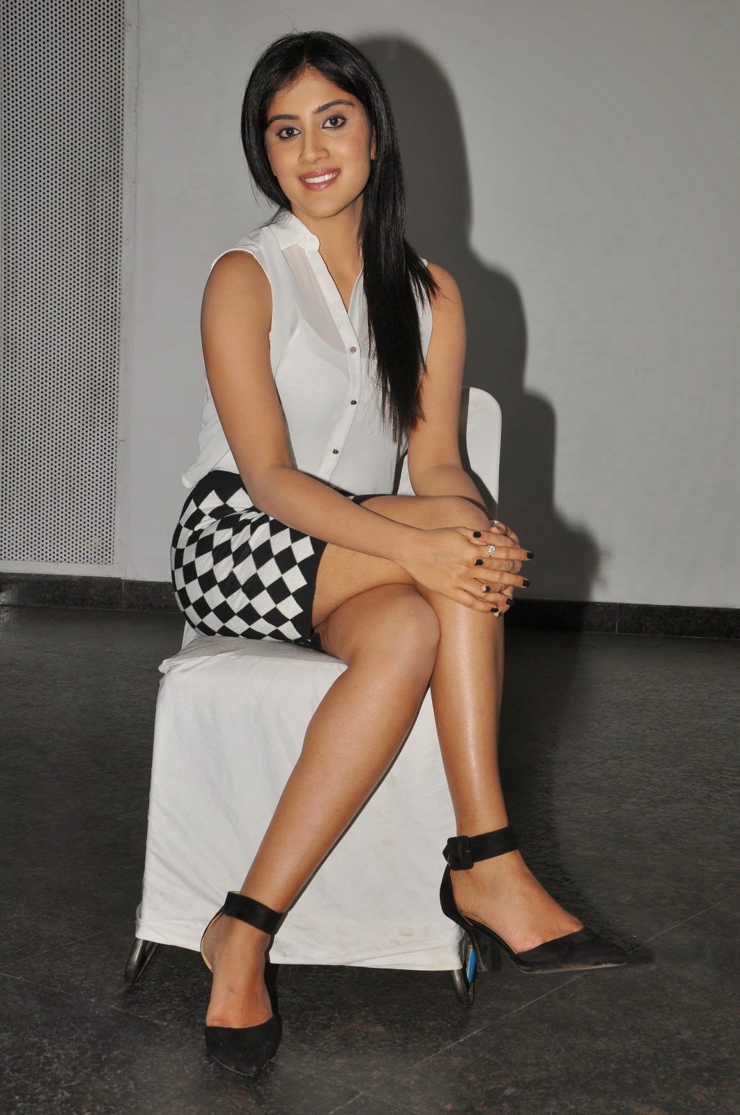 Dhanya Balakrishna Latest Glamorous Photos-HQ-Photo-5
