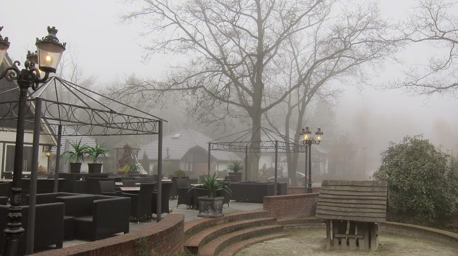 A misty morning in Holten, near Bathmen