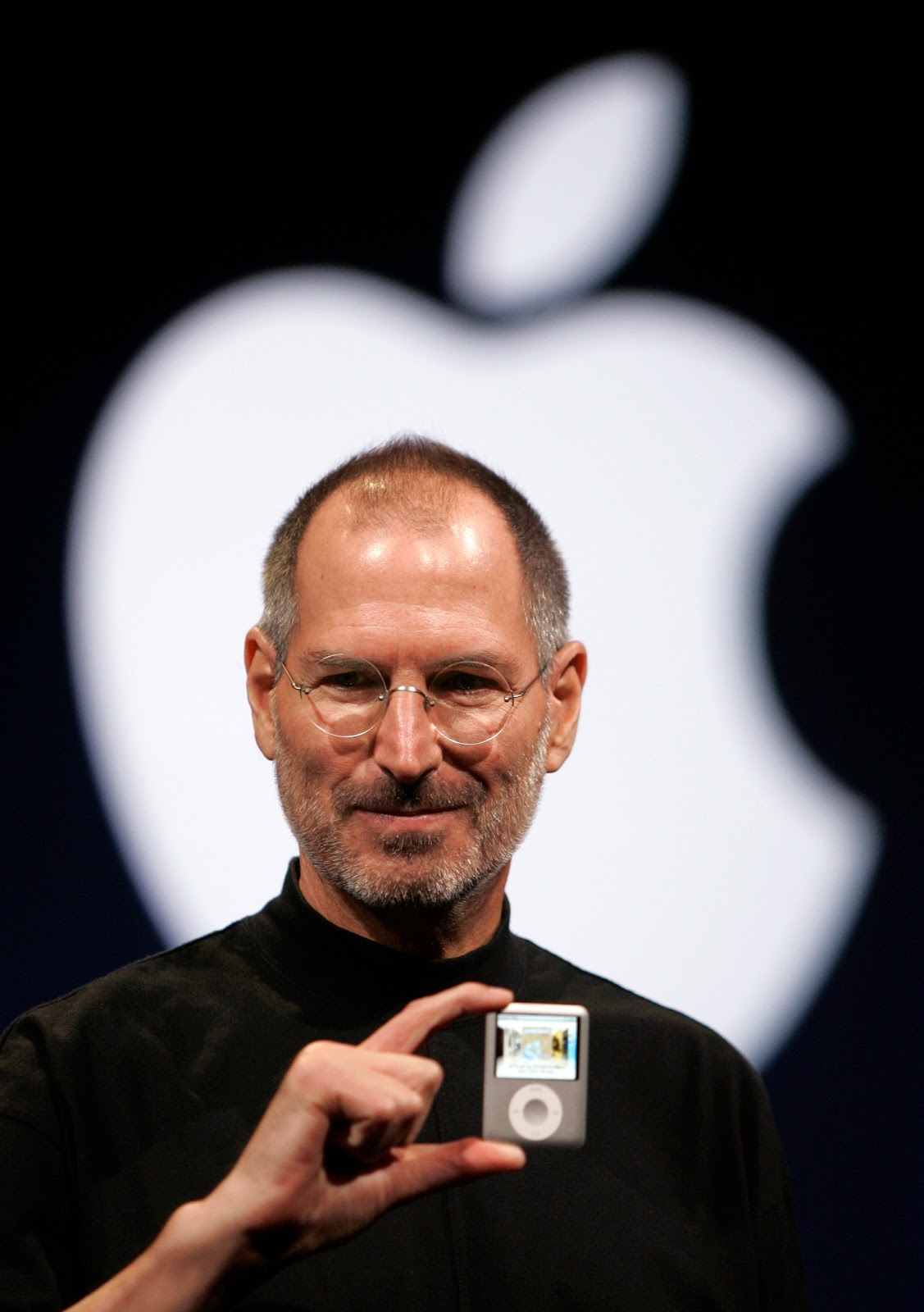 Kristine Blogs new: Steve Jobs has died