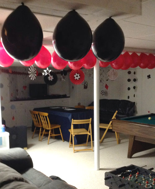 casino party decor