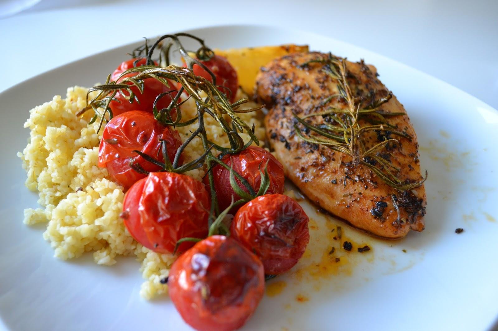Gute Nahrung Macht Glücklich Hähnchen Und Tomaten Aus Dem Ofen
