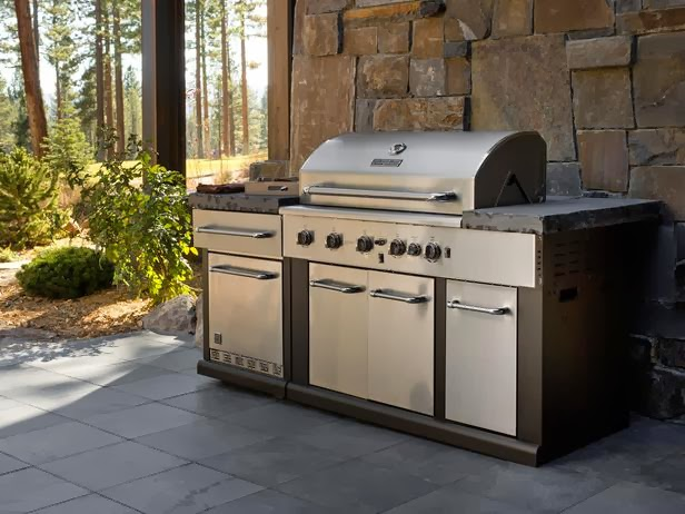 2014 HGTV Dream Home Outdoor Kitchen