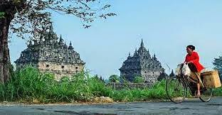 Tempat-Tempat Mistis dan Wisata Spiritual Di Indonesia