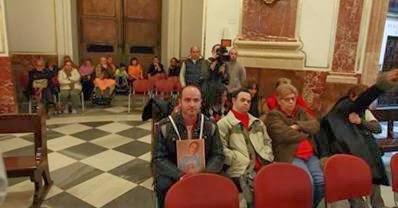 Tarjeta roja a Fabra: Encierro en la catedral