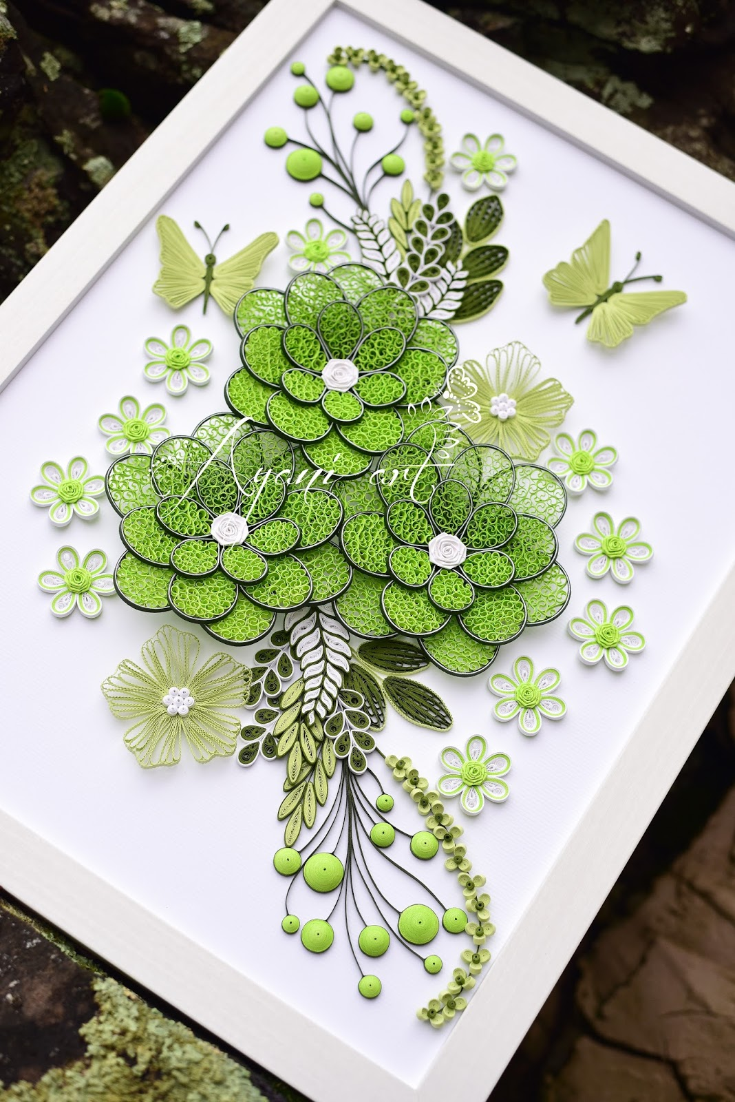 ayani art  quilling green and white