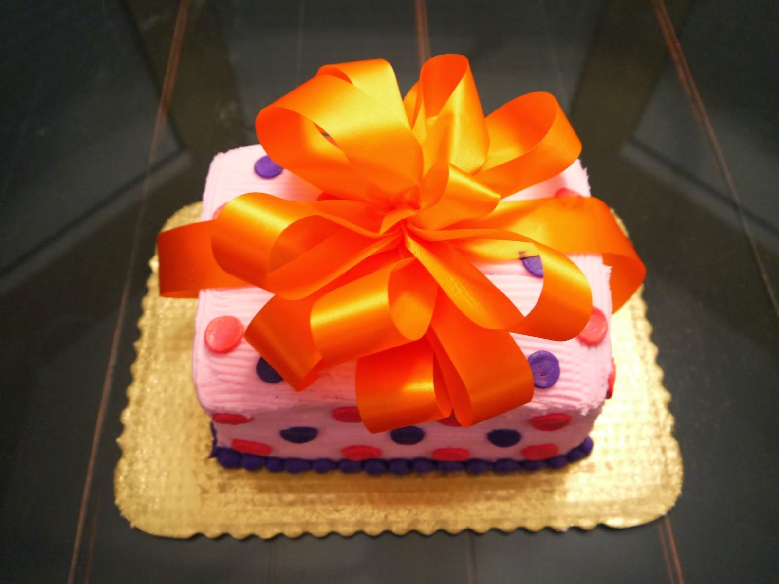 cakes as diwali gifts