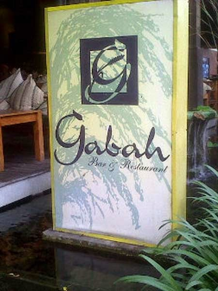 This used to endure the former Ramayana Bridge Restaurant earlier they renovated in addition to updated the  Beaches in Bali: Gabah Restaurant in addition to Bar Kuta Bali