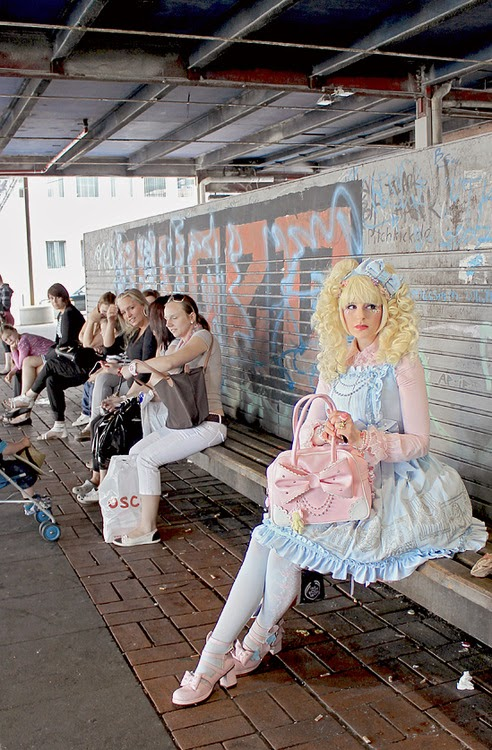 Lolita y espacios públicos