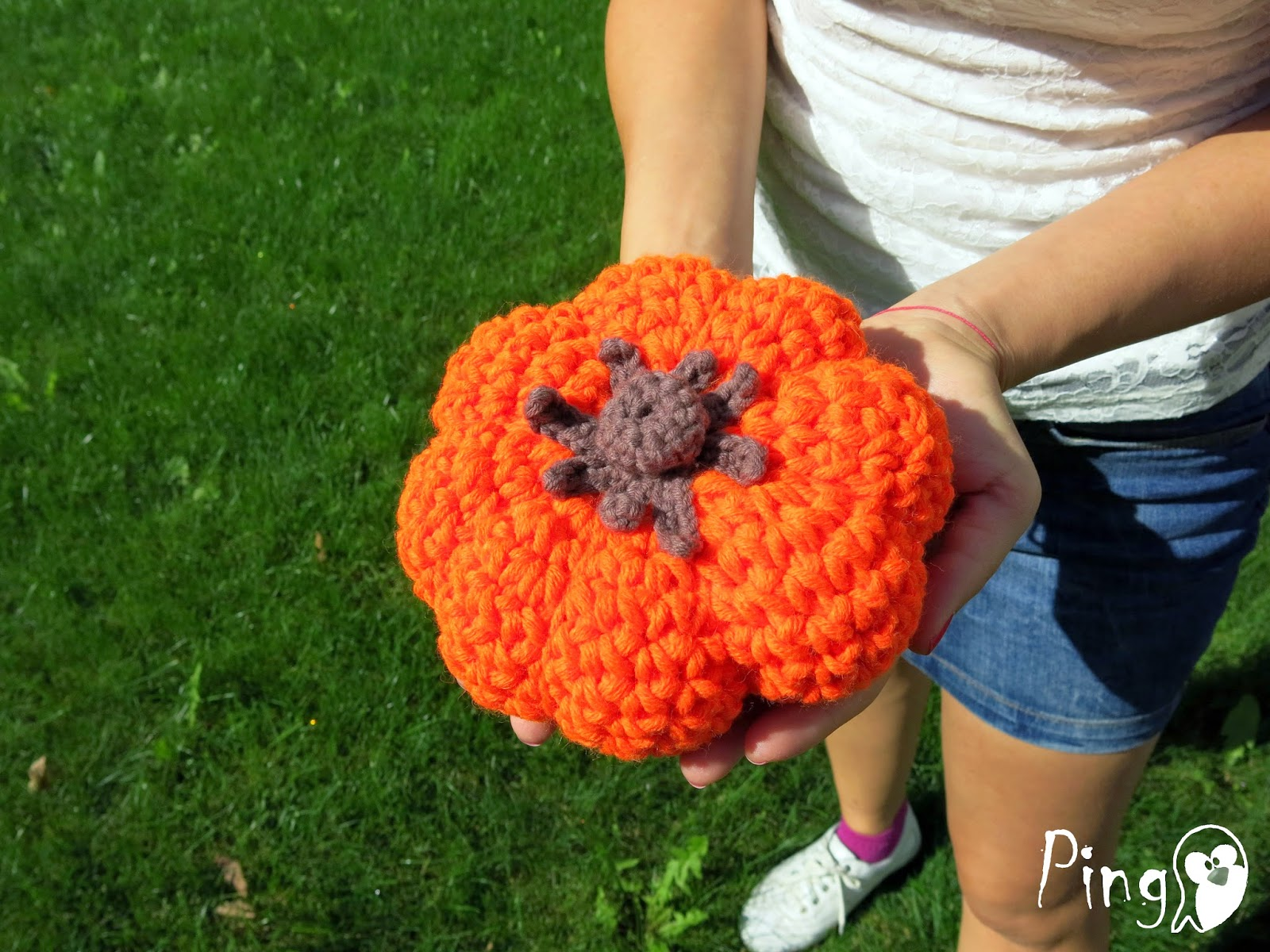Sweet Halloween Pumpking, crochet pattern by Pingo - The Pink Penguin