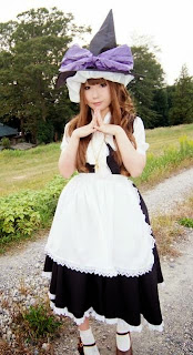 Saku cosplay as Marisa Kirisame from Touhou Project