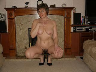 hot mature - rs-Miss_J_17-790946.jpg