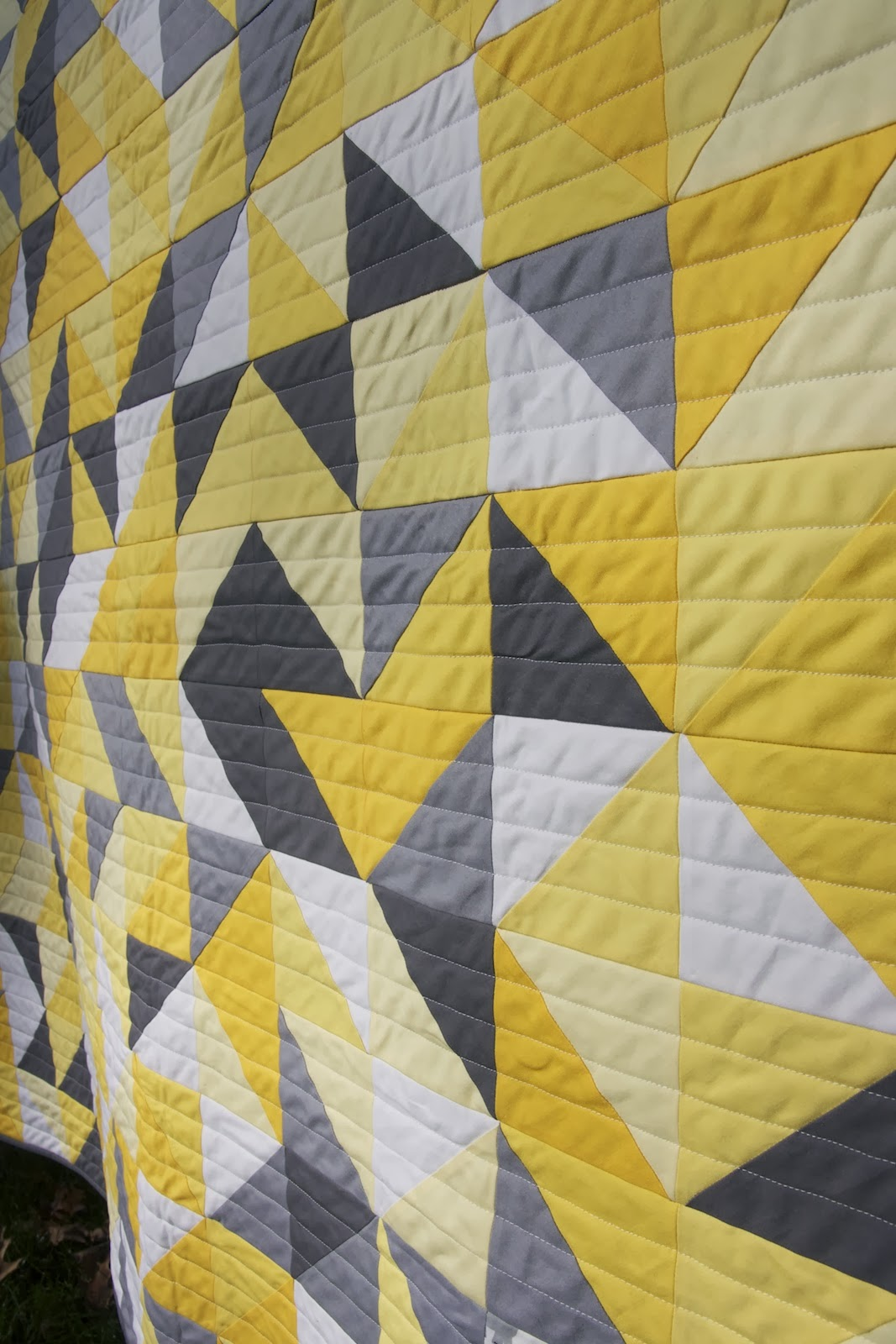Gray White Quilt : Momotaro makes gray yellow and white baby quilt