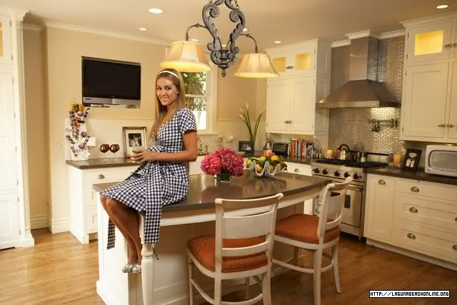 Although Lauren Conrad And Her Friends No Longer Live In This LA  Mediterranean House, I Happen To Love The Way They Decorated It Together.