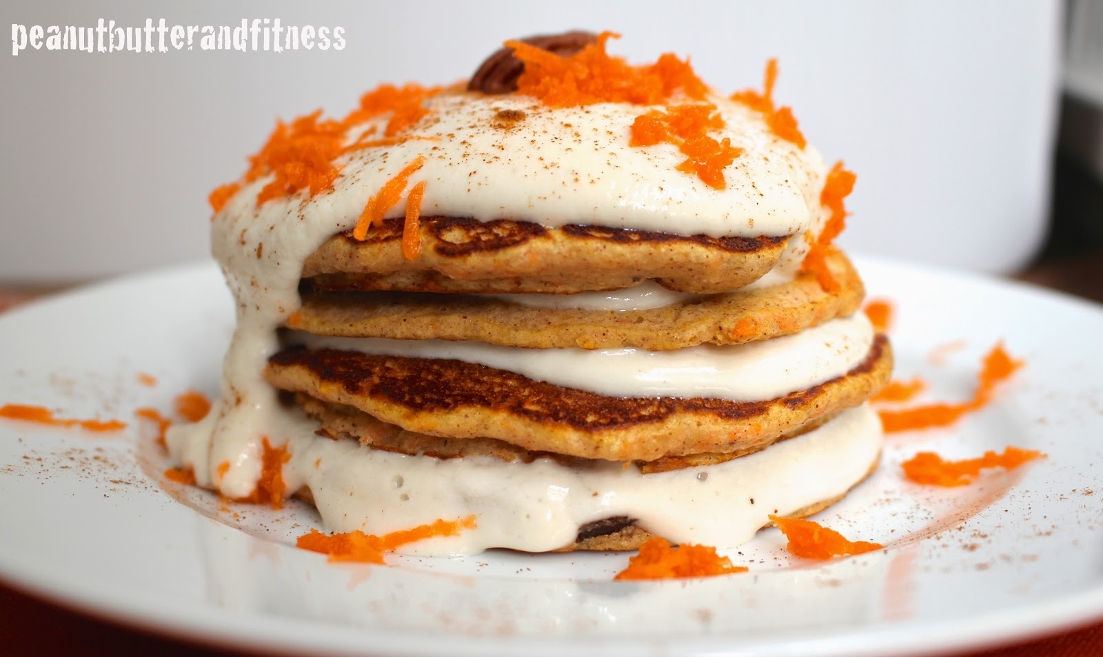 PEANUT BUTTER AND FITNESS: Carrot Cake Protein Pancakes