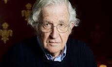 Chomsky envía una carta a Bachelet por los ex presos políticos que se mantienen en huelga de hambre