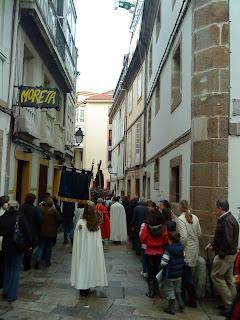 Pictures of Easter Procession in Corunna 2011  by E.V.Pita   http://evpita.blogspot.com/2011/04/pictures-of-easter-procession-in.html   Fotos de procesión de Jueves Santo en Coruña   por E.V.Pita  Fotos da procesión de Semana Santa en Coruña
