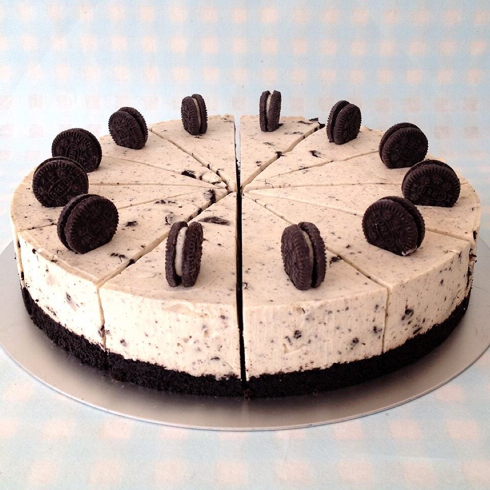 Little Cake House: Oreo & White Chocolate Cheesecake
