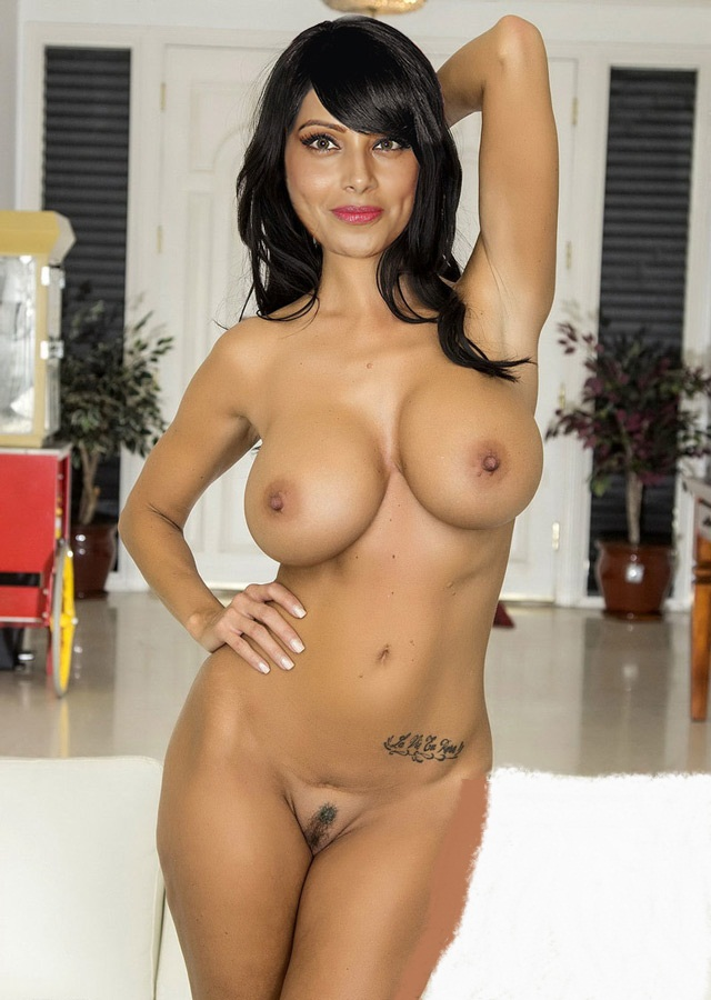 sexy naked comic girls