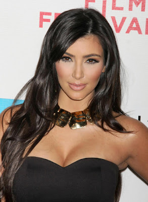Kim Kardashian fashion and hairstyle