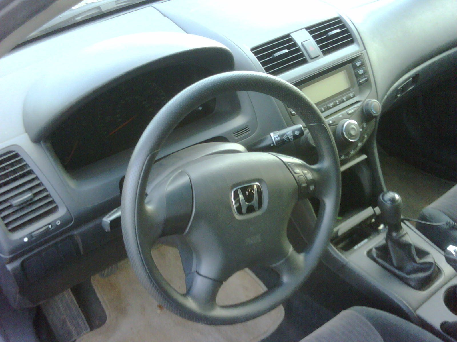 DEJIDEOYE NIGERIA 2003 Honda Accord Manual transmission