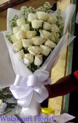 Toko Bunga Jakarta - Hand Bouquet