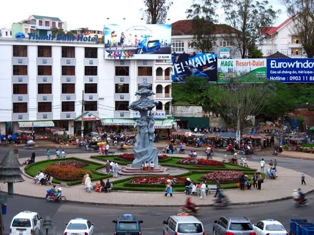 Plaza del mercado de Da Lat