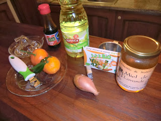 Ingredients for pan-fried scallops with clementine sauce recipe
