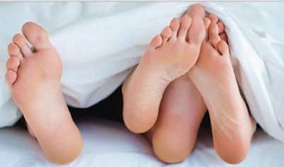 Kenapa Suami Istri Dianjurkan Berjimak Pada Malam Jumat?