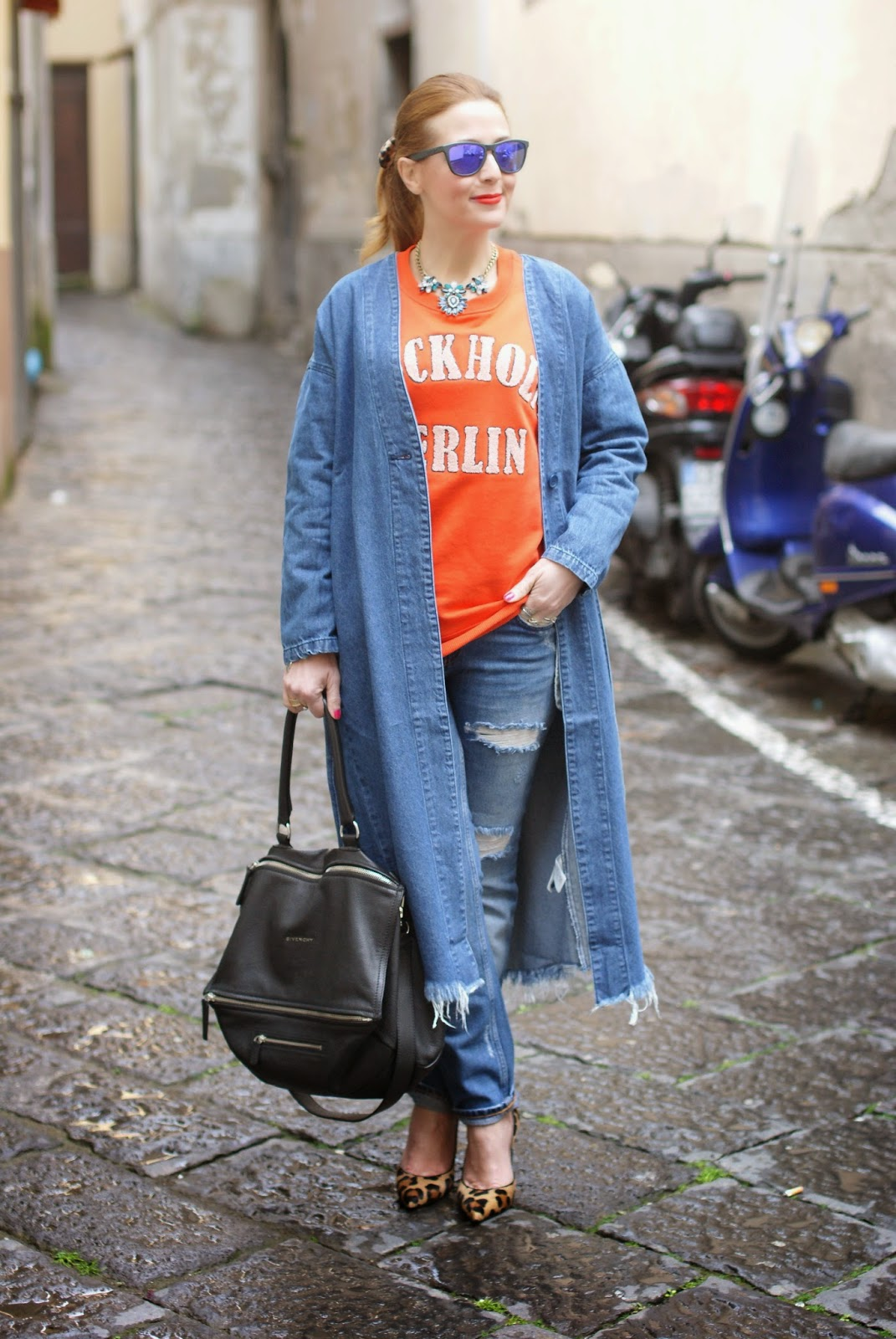 Monki, Monki belted denim jacket, H&M orange sweatshirt, denim long jacket, leopard pumps, Givenchy Pandora bag on Fashion and Cookies fashion blog, fashion blogger