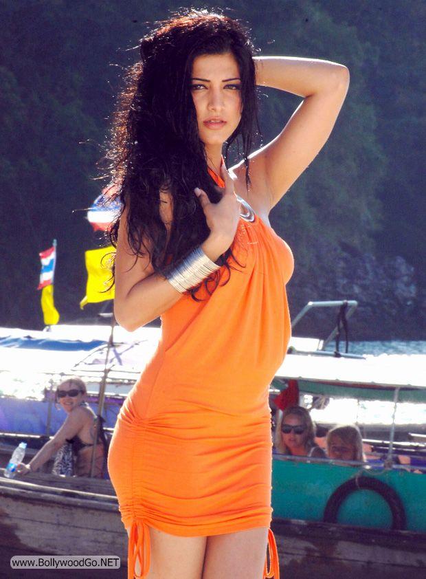 Shruti-Hassan-Hot-Photos%2B%25283%2529