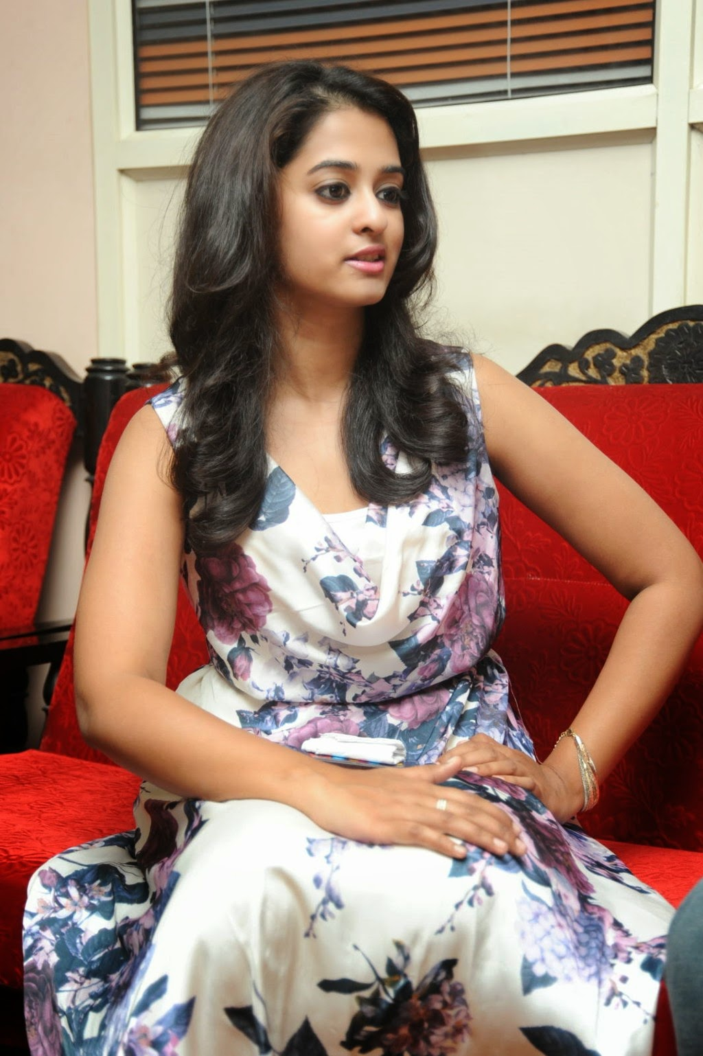 Nanditha raj new glam pics-HQ-Photo-11