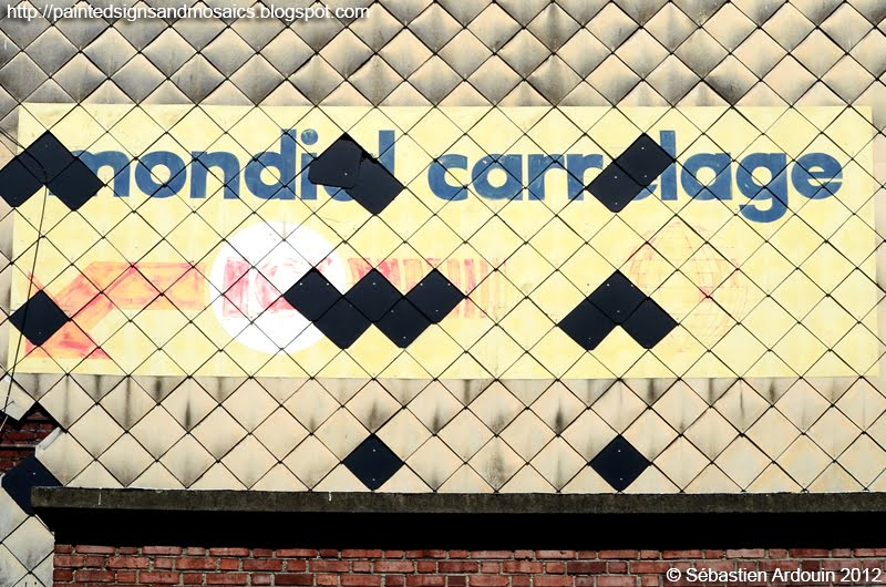Painted signs and mosaics mondial carrelage lille for Mondial carrelage