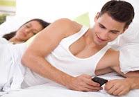 كيف يخون الزوج زوجتة وهي تثق فية ثقة عمياء