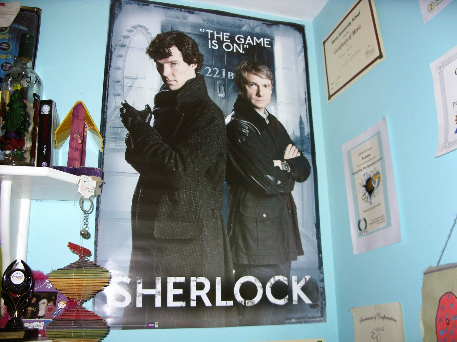 I have to write a letter essay to Sherlock Holmes... What should I write? Help! THXX?