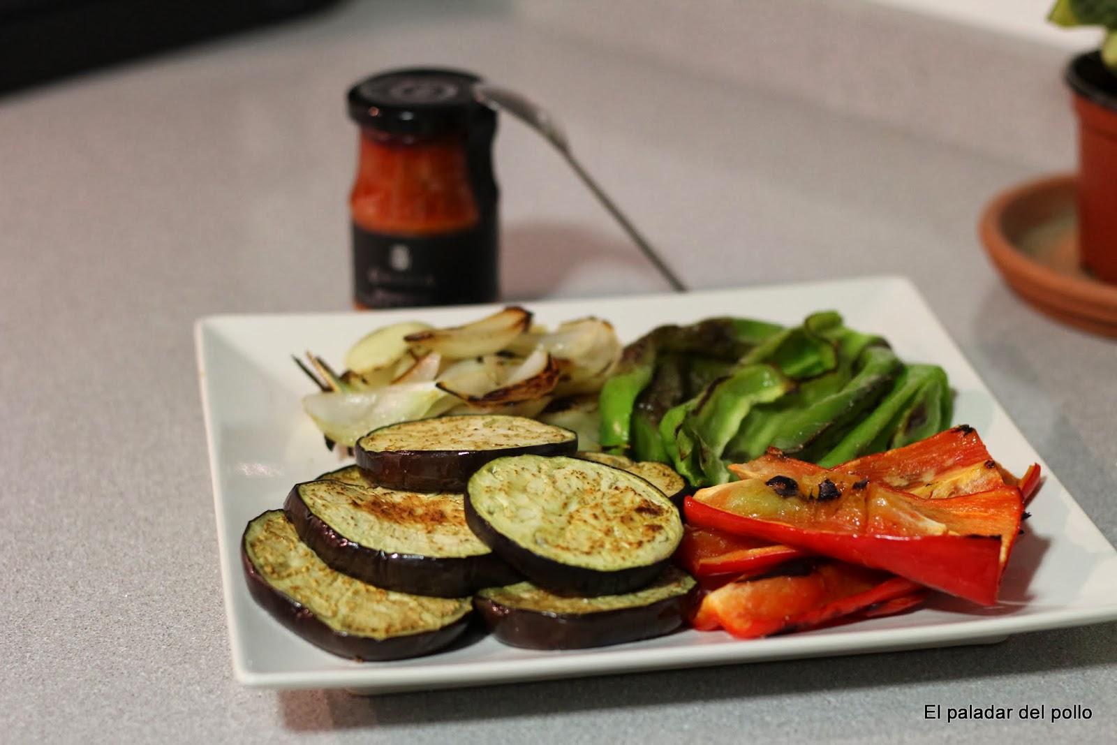 El paladar del pollo parrillada de verduras con salsa romesco for Parrillada verduras