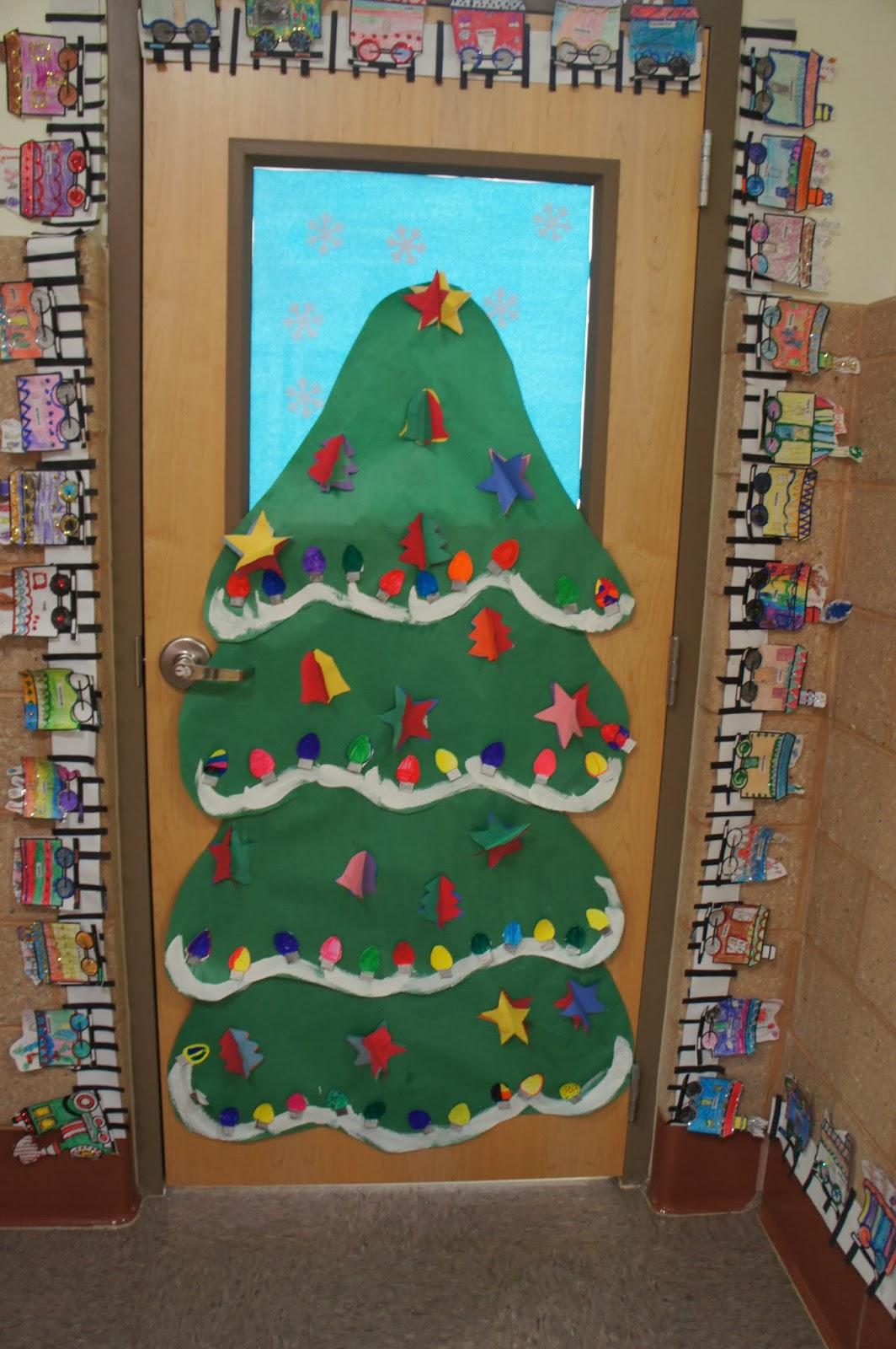 Kindergarten Kiosk: Christmas Classroom Doors