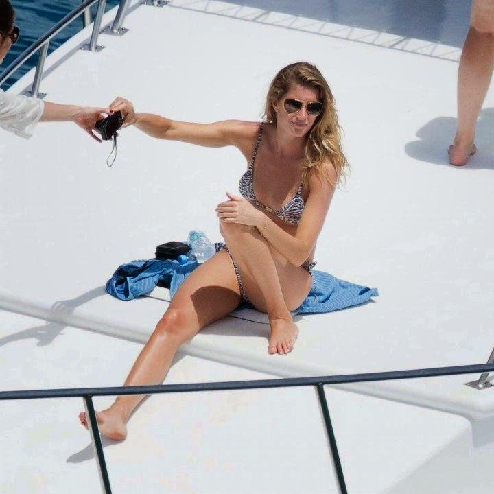 Gisele Bundchen Rocks A Tiger Bikini In Water Spray At Brazil