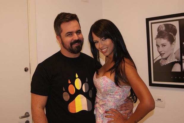 Os ex-BBBs Marcelo Arantes e Ariadna participam de programa (Foto: Divulgação)