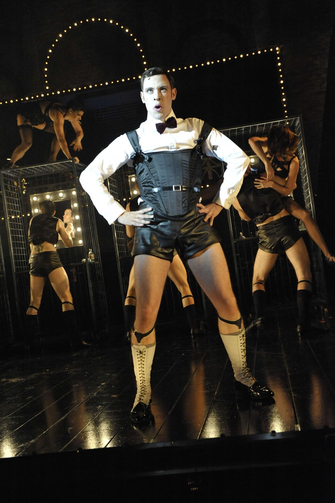 the theatre blog cabaret uk tour will young to star as
