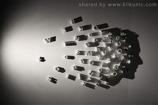 http://4.bp.blogspot.com/-dFVgaHGCJRU/TXn0fGKUnyI/AAAAAAAAQ8g/T360zm0QphM/s1600/amazing_shadow_art_01.jpg