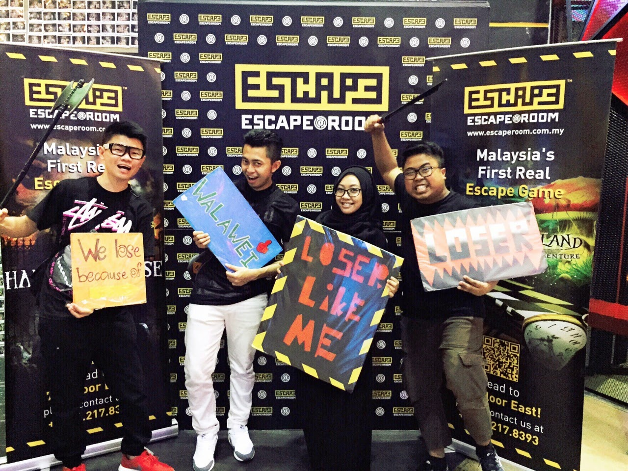ESCAPE ROOM TIME SQUARE TAKEN THEME TIPS