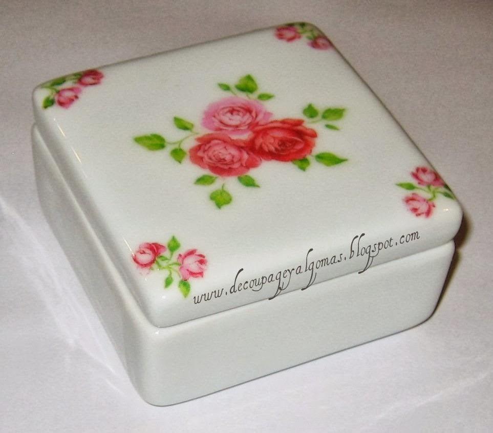 Cofre de porcelana con decoupage