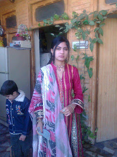 sext-facebook-pakistani-girl-in-beautiful-dress-image