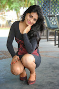 Actress Priyanka latest hot stills-thumbnail-4