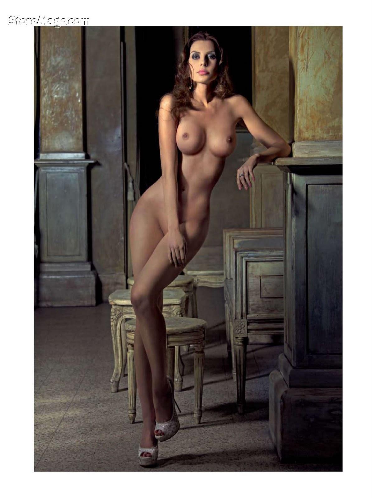 http://4.bp.blogspot.com/-dG-1QMwoW0E/TZclKdY-deI/AAAAAAAAAGA/DcWPuSh6HDg/s1600/download_php_ID_126160639%2526salt_198da6%2526sec_5d7f7e%2526filesize_197526%2526filename_Playboy_4-2011_Italy_Scanof_net_095.jpg